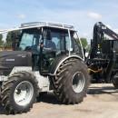 Meza_traktors_ar_piekabi_repark